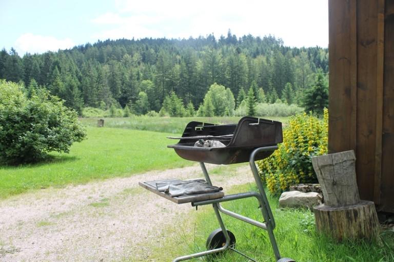 Barbecue au gite et bien d'autres équipements